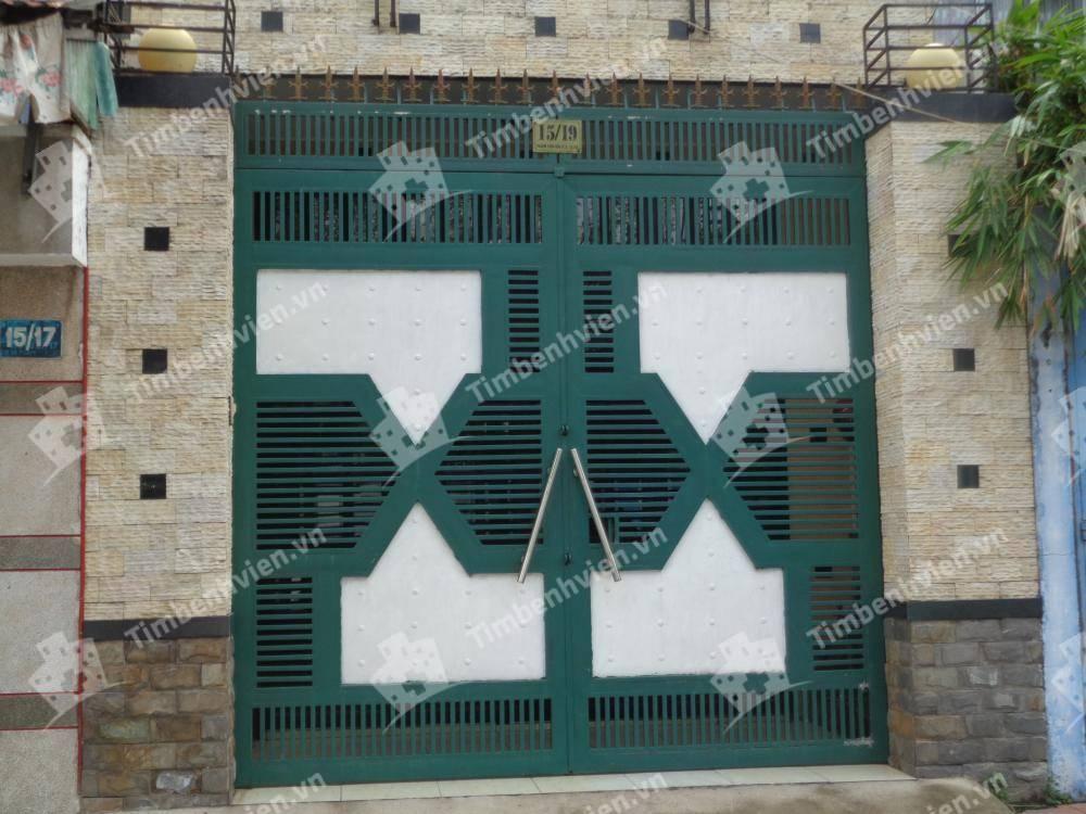 Phòng Chẩn Trị Y Học Dân Tộc Vĩnh Xuân Đường - Cổng chính