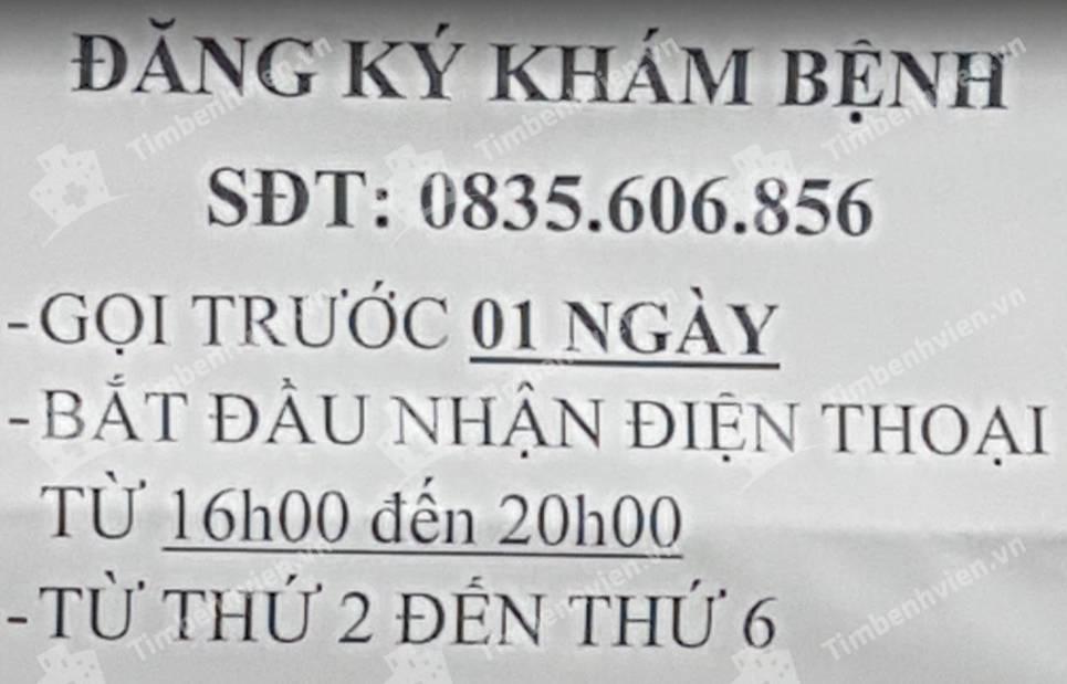 Phòng Chẩn Trị Y Học Cổ Truyền - Lương Y Nguyễn Thị Bay - Cổng chính