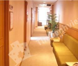 Phòng Khám Đa Khoa Hoa Sen (Lotus clinic) - Cổng chính