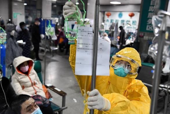 Cập nhật dịch corona ngày 6-2: Thêm 73 người chết, hơn 3.000 trường hợp nhiễm mới