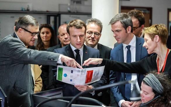 Tổng thống Pháp thừa nhận COVID-19 nghiêm trọng, chuẩn bị giai đoạn 3 chống dịch