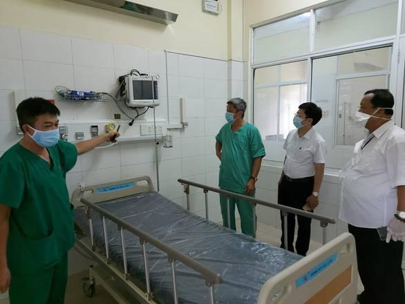 Thứ trưởng Bộ Y tế: đỉnh dịch là 10 ngày tới, ngườ...