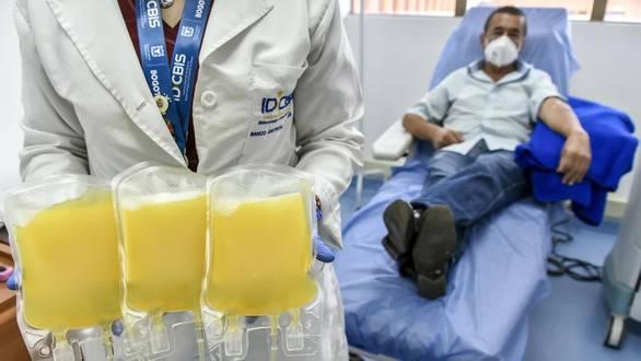 Điều trị COVID-19 bằng huyết tương liệu có hiệu qu...