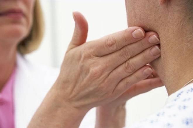 Cảnh giác ung thư khi xuất hiện hạch vùng cổ