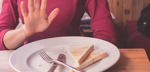 Bỏ bữa sáng, ăn tối muộn sẽ dễ chết