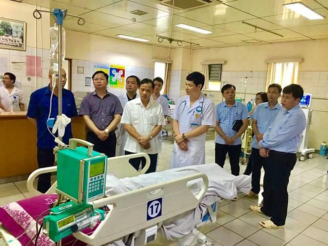Ba người bị thương nặng trong tai nạn Hòa Bình qua cơn nguy kịch