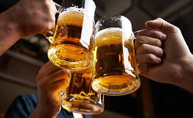 Những lầm tưởng phổ biến của quý ông khi uống rượu bia