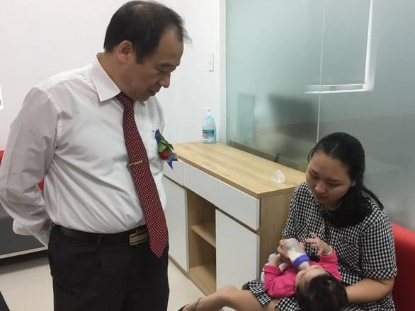 Cứu sống hai bé bị phản ứng nặng sau tiêm chủng