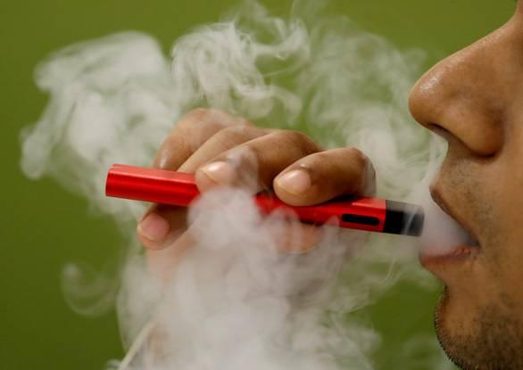 18 người chết, hơn 1000 người mắc bệnh phổi do thuốc lá điện tử tại Mỹ