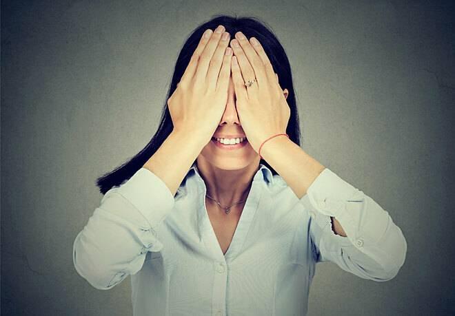 Bài tập chống mỏi mắt cho dân văn phòng