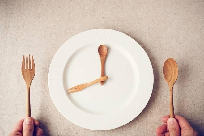 Nhịn ăn gián đoạn giúp tăng tuổi thọ